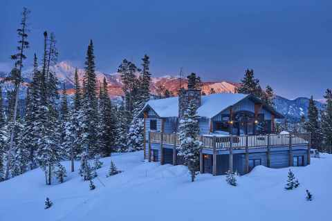 Vacasa vacation rental in Big Sky, Montana, which ranked the best place to buy a winter vacation home in 2020-2021. (Photo: Business Wire)