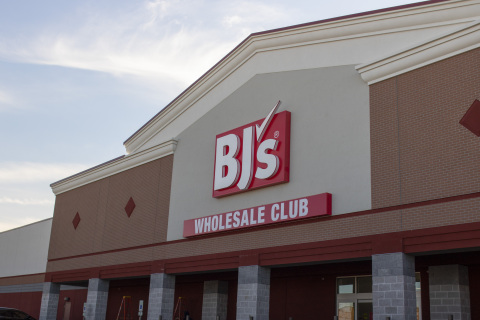 BJ's Wholesale Club opens its newest location in Long Island City, N.Y. on Jan. 29, 2021. BJ's newest club will help members save time and money in a convenient one-stop shop. (Photo: Business Wire)