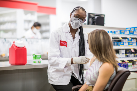 Southeastern Grocers will begin to administer the free Moderna COVID-19 vaccine on Thursday, Feb. 11, to eligible recipients in select Winn-Dixie, Fresco y Más and Harveys Supermarket locations (Photo: Business Wire)