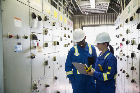 Schneider Electric's Wholesale Building Management Distributor Program offers more dedicated resources and training so partners can meet today's demand for reliable energy efficient products. (Photo: Business Wire)