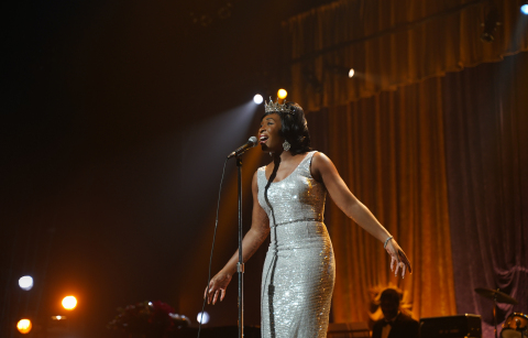"""Queen of Soul"" Aretha Franklin, played by Cynthia Erivo, performing on stage in National Geographic's GENIUS: ARETHA. (Credit: National Geographic/Richard DuCree)"