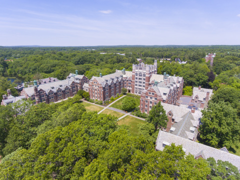 Wellesley College partners with clean technology integrator, Ameresco, on carbon reduction project to advance sustainability efforts and achieve their goal of reducing campus greenhouse gas emissions 37 percent by 2026. (Photo: Business Wire)