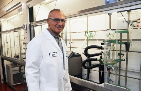 Siead Zegar, Director of Process Chemistry at Regis Technologies, in the company's 9,000-square-foot expansion of its custom API development laboratories in Morton Grove, IL. (Photo: Business Wire)