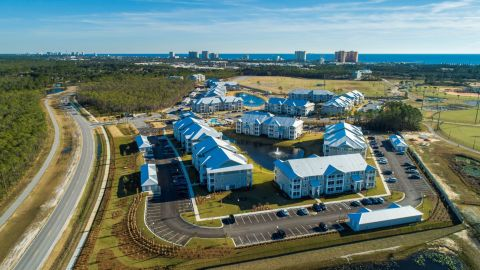 Pier Park Crossings apartment community in Panama City Beach, Florida. (Photo: Business Wire)