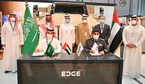 His Excellency Staff Major General Pilot Faris Khalaf Al Mazrouei, Chairman of the NIMR Board and Eng. Walid Abukhaled, CEO of SAMI, signed the agreement in the presence of His Excellency Eng. Ahmed A. Alohali, Governor of the General Authorities for Military Industries (GAMI), His Excellency Turki bin Abdullah Al-Dakhil, Ambassador of the Custodian of the Two Holy Mosques to the UAE, His Excellency Faisal Al Bannai, CEO and Managing Director of EDGE, and other leading representatives from NIMR and SAMI. (Photo: AETOSWire)