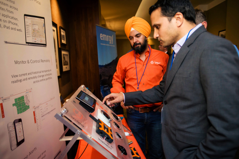Deepinder Singh, CEO of IN2 portfolio company 75F, demonstrates his company's technology at an IN2 ecosystem event (Photo: Wells Fargo)