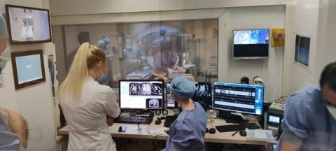 The collaboration between Cardiology and Radiology at MUMC+ makes it possible to perform iCMR ablations in a standard MRI suite (Photo: Business Wire)