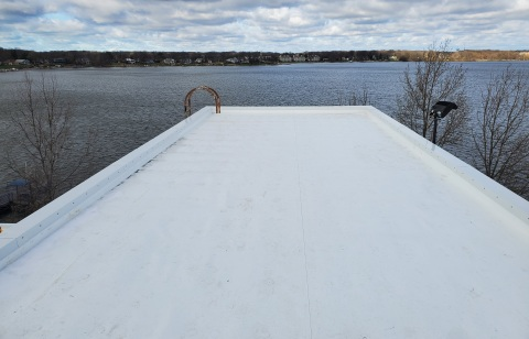 Final installation of recycled roof in Holland, Mich. (Photo: Business Wire)