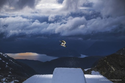 A semi-finalist of 2019's Best of Instagram category, Dasha Nosova (age 16) snapped this of a snowboarder in Norway. (Photo: Dasha Nosova / Red Bull Illume)