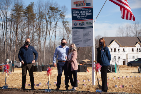 U.S. Army Sergeant Bryan Edwards broke ground on his new mortgage-free Built to Honor home at Watershed with PulteGroup's Mid-Atlantic Division and Operation Homefront (Photo: Business Wire)