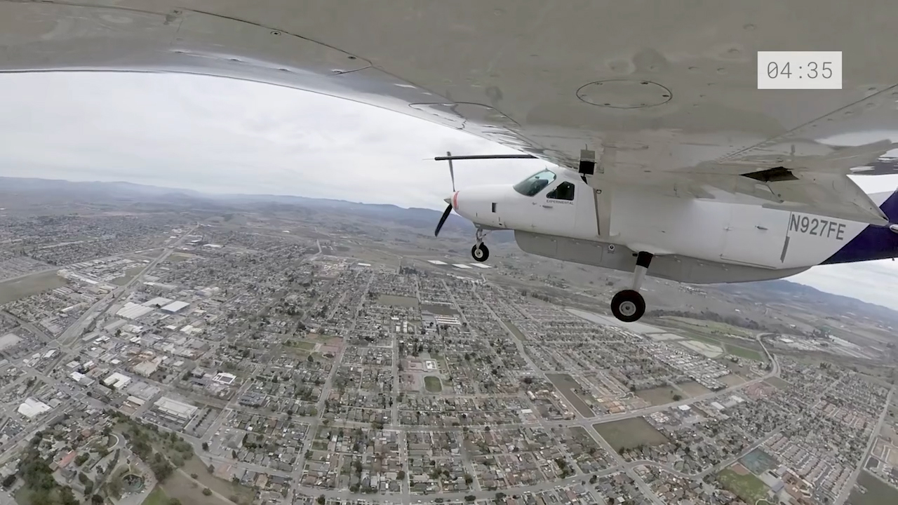 Cessna 208 flight test remotely piloted from control center