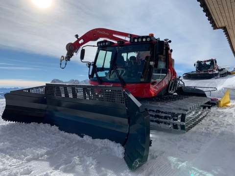 An Ouster lidar sensor assisting Kässbohrer's SNOWsat system. (Photo: Business Wire)