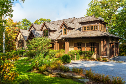 Spacious Mountaintop Estate-Near Hiking Trails, a TurnKey vacation rental in Asheville, North Carolina. (Photo: Business Wire)