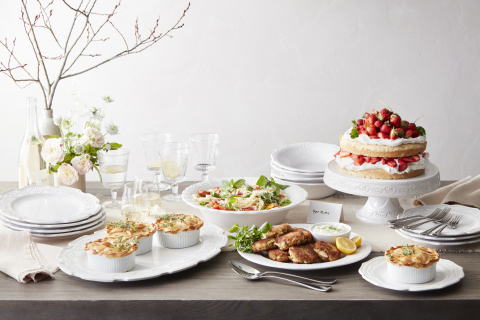 Trisha Yearwood Launches New Tabletop Collection with Williams Sonoma (Photo: Business Wire)