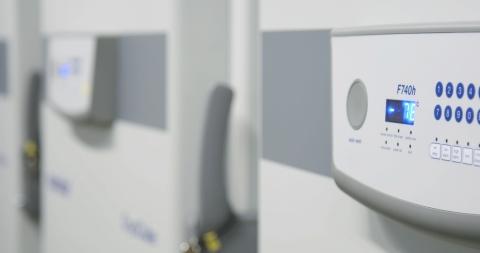 PCIは、ベルリン施設で容量を大幅に追加し、幾つかの新しいコールドチェーン保管条件を拡充したことで、制御された室温から-80℃までの温度に対応できるようになった。ベルリン施設は現在、世界におけるPCIの施設すべてと調和しており、PCIがワクチンのサプライチェーンを支え、バイオ医薬品の需要拡大に対応する上で役立つ。(写真:ビジネスワイヤ)