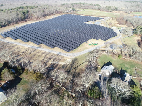 Installed on a former corn field, Ameresco's Tiverton's solar energy site comprises over 12,000 modules with an electricity generation capacity of 4.95 MW.
