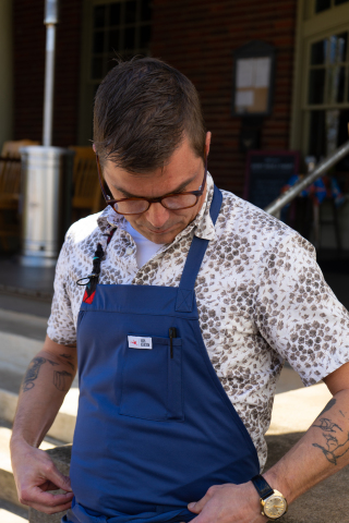 Spyce Pro Apron collection in collaboration with celebrity chef Hugh Acheson. (Photo: Business Wire)