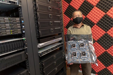 Chi To, Director of Solutions Engineering, Tachyum, with Prodigy Universal Processor FPGA Prototype (Photo: Business Wire)