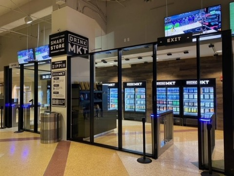 As sports venues reopen to fans, Aramark is deploying contactless solutions, like Zippin's checkout-free Drink MKT at AT&T Center, to create a safe and hygienic service experience. (Photo: Business Wire)