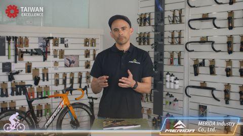 Hr. Reynaldo Ilagan, Chief Product Manager von Merida, präsentierte die 4. Generation seines Alleskönner-Aero-Bikes, Reacto (Photo: Business Wire)