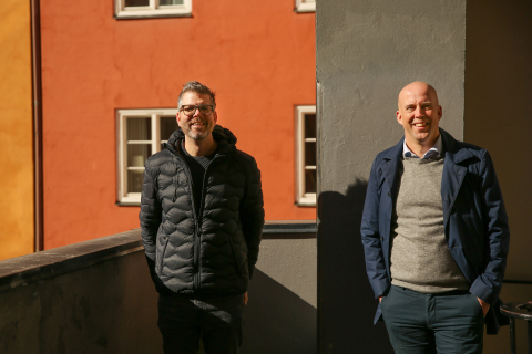 Left to Right: Joel Hofgren, Cloud Infrastructure & Engineering lead at Accenture together with Jon Persson, CEO and founder of Cygni (Photo: Business Wire)
