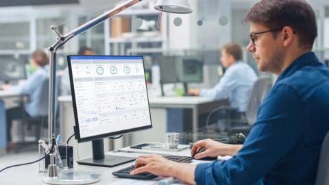 Gewinnmaximierung für stationäre Energiespeicher mit Batterieanalytik (Photo: Business Wire)