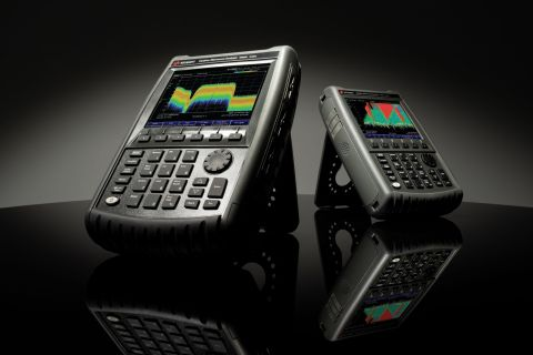 Keysight's mmWave FieldFox combo analyzer (N995xB shown) is also available in signal analyzer-only models. (Photo: Business Wire)