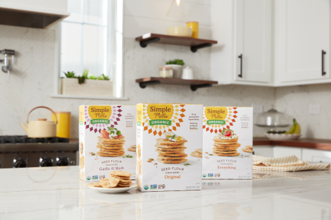 Simple Mills Launches Its First Organic Cracker Product, Advancing Regenerative Agriculture, to Clean Food Portfolio (Photo: Business Wire)
