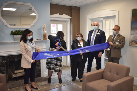 SSUH administrators open the University Library (Photo: Business Wire)