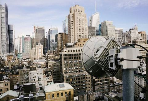 A GiGstreem dish sitting on a New York City rooftop can broadcast 10 Gigabits of capacity to buildings within a two-mile radius. (Photo: Business Wire)