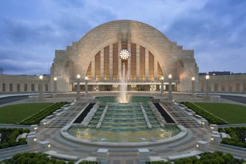 Cincinnati Union Terminal - Cincinnati, OH (Photo: © Brad Feinknopf/OTTO)