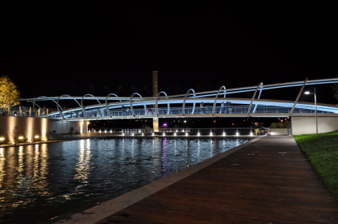 The Yards Pedestrian Bridge - Washington, DC (Photo: © MPFP)