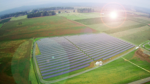 Adapture Renewables Completes 33 MWdc Portfolio of Ten Solar Projects in Oregon (Photo: Business Wire)