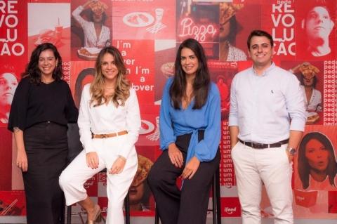 Roberta Castanheiro, iFood business coordinator, Maria Costa, director of Givex Brasil, Paula Rabelo director of iFood Companies and Iago Annes, commercial manager of Givex Brasil (Photo: Business Wire)