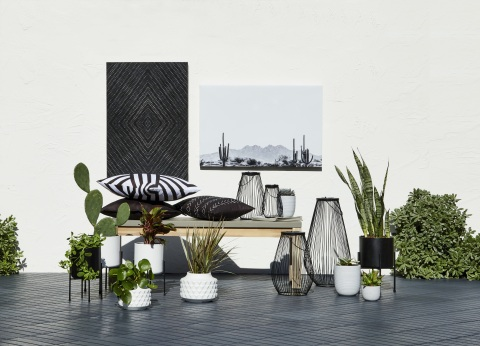 In the Loom + Forge™ outdoor collection customers will find wall decor, planters, vases, lanterns, accent furniture, and pillows, in bold black and white shades, stripes, and geometric patterns. (Photo: Business Wire)
