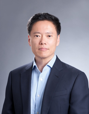 Justin Choi joins CommScope as chief legal officer, bringing more than 30 years of corporate legal experience including over 10 years as a general counsel for both Fortune 500 and S&P 500 companies in the network infrastructure industry. (Photo: Business Wire)