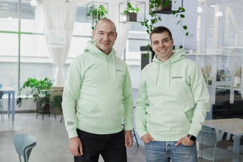 Co-founders Boyko Karadzhov (CTO) and Hristo Borisov (CEO) (Photo: Business Wire)