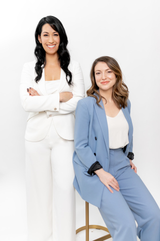 L-to-R: Dr. Michelle Stephens, Oath co-founder and Camilla Hermann, Oath CEO and co-founder (Photo: Business Wire)