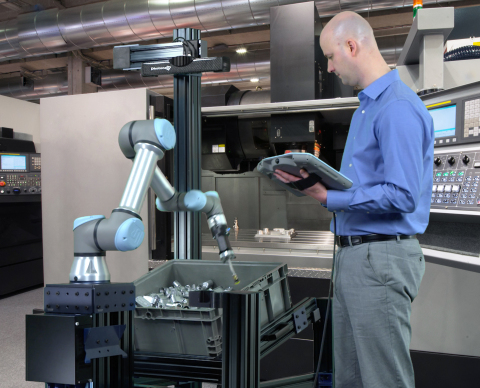 ActiNav combines real-time autonomous motion control, a cobot from Universal Robots, vision and sensor systems in one seamless Application Kit that solves the random bin picking challenge in machine tending applications. (Photo: Business Wire)