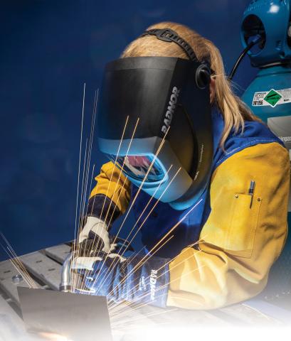 Airgas RADNOR® Welding Helmets Made by 3M™ Speedglas™ (Photo: Business Wire)