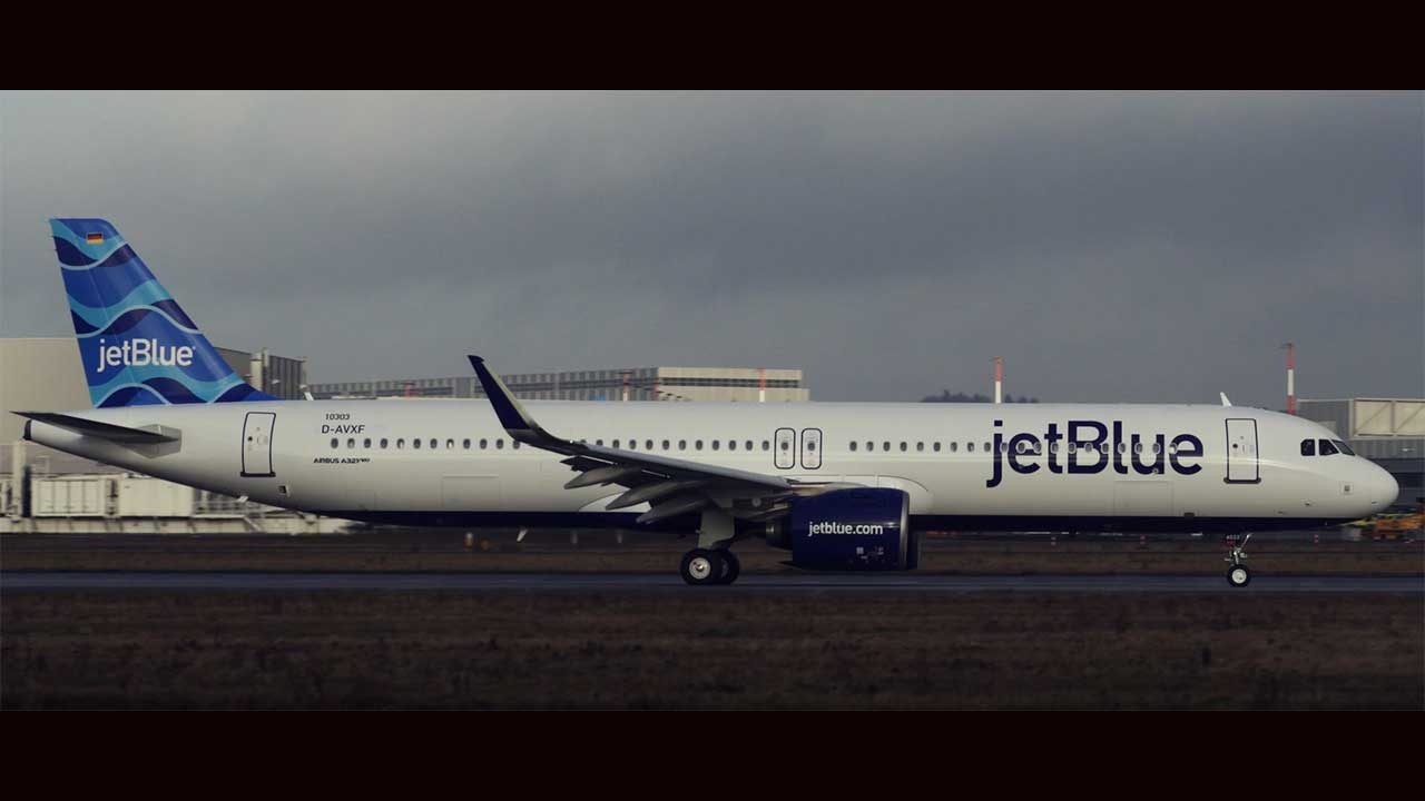 JetBlue today announced it has taken delivery of the airline's first Airbus A321 Long Range (LR) aircraft.