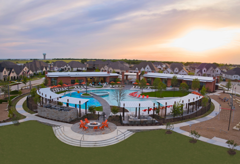 Recently opened 4+ acre amenity complex at The Ridge at Northlake located near downtown Northlake, TX features pools, splash pad, unique fitness options, parks, and gathering areas. (Photo: Business Wire)