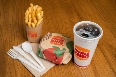 BURGER KING® ROLLS OUT GREEN PACKAGING PILOT PROGRAM (Photo: Business Wire)
