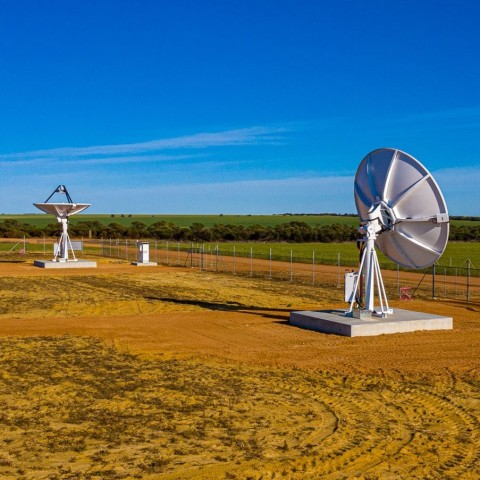 Pictured: Capricorn Space - ATLAS Space Operations AGN-W High Bandwidth Antennas. Located in Mingenew, Western Australia. (Photo: Business Wire)