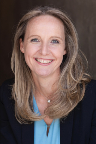 """""""Robotic process automation is an important component within a company's digital transformation game plan, and a great sales wedge for channel partners to introduce DX solutions and services into their existing end user customer base,"""" said Sabine Howest, vice president, global partner engagement and IoT, Ingram Micro Inc. """"Using AI to automate repeatable, rules-driven processes is a practice companies of all sizes can benefit from and a growth opportunity we're ready to drive with UiPath through our growing and global Advanced Solutions organization."""" (Photo: Business Wire)"""
