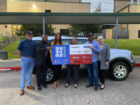 """Susanna Salazar was presented with a 2 year lease on a 2021 Ford Bronco for the Huntsville ISD """"teacher of the year"""" as a part of the Henson's Hometown Heroes initiative. (Photo: Business Wire)"""