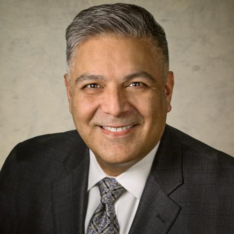 Booz Allen Hamilton Chief Diversity, Equity and Inclusion Officer Jon G. Muñoz (Photo: Business Wire)
