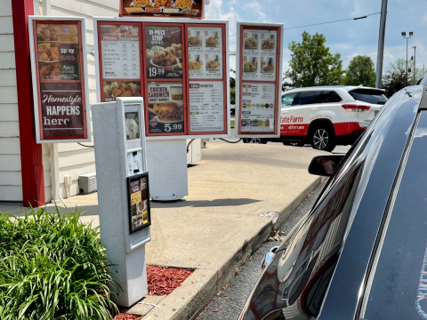 At Lee's Famous Recipe Chicken restaurants in Ohio, drive-thru guests place orders using a high-tech assistant powered by Intel's artificial intelligence technology. (Credit: Lee's Famous Recipe Chicken)