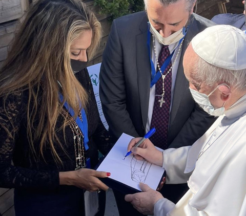 Fisker Inc. – passionate creator of the world's most sustainable electric vehicles and advanced mobility solutions – is set to develop the first all-electric vehicle for the Holy See, Pope Francis, after a historic visit to Vatican City. Delivery of the custom-made Ocean-based SUV planned for next year. (Photo: Business Wire)