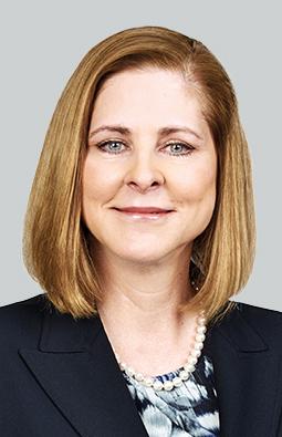 Alice Schroeder (Photo: Business Wire)